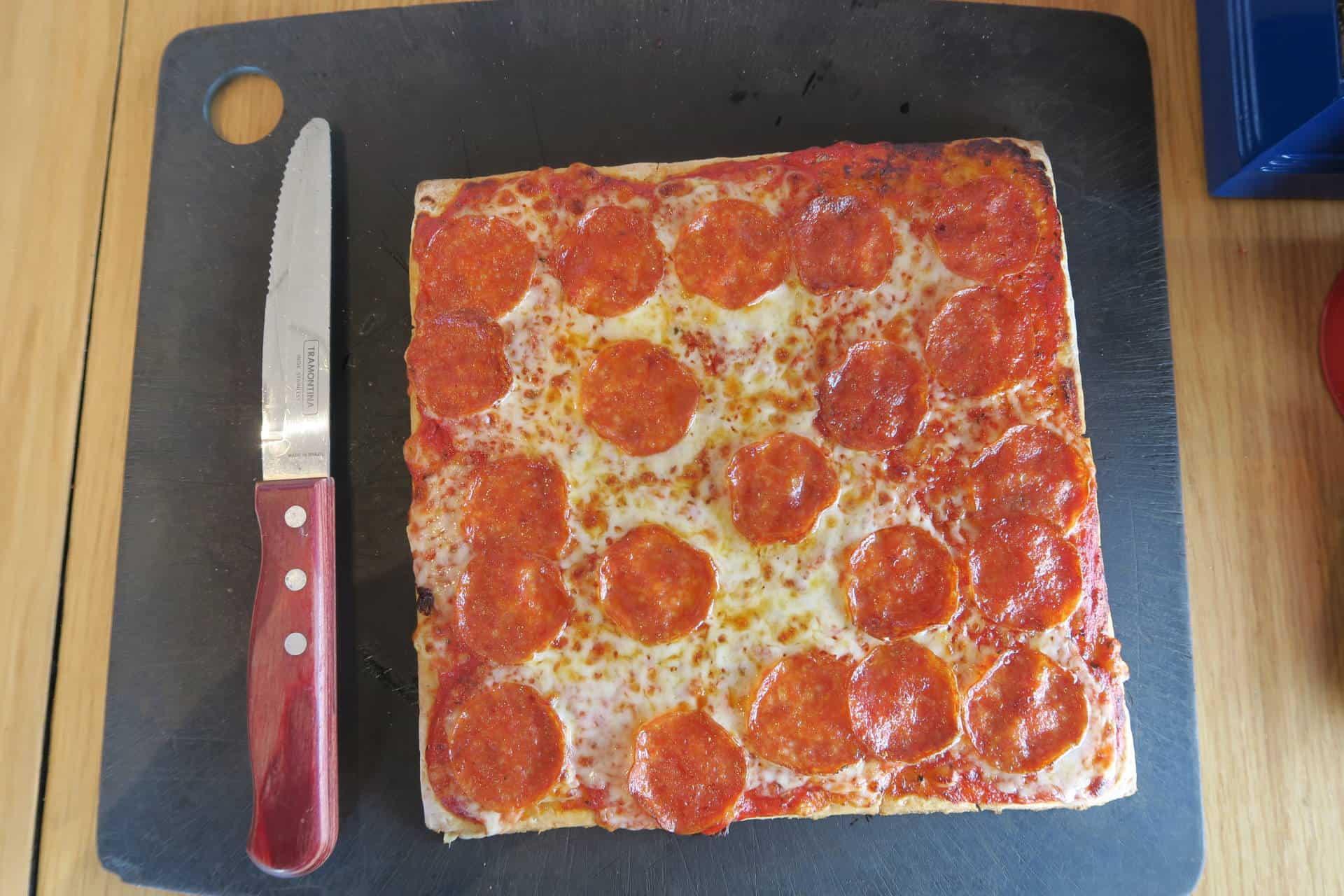 gluten-free-pizza-hut-pepperoni