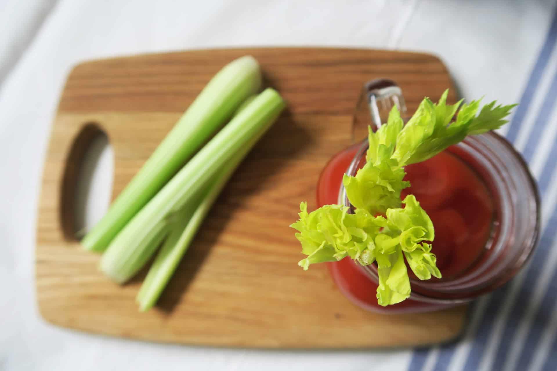 gluten-free-bloody-mary-recipe-celery