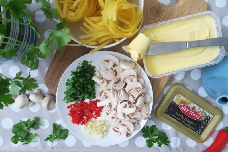 gluten-free-tagliatelle-garlic-mushrooms-2 gluten free italian