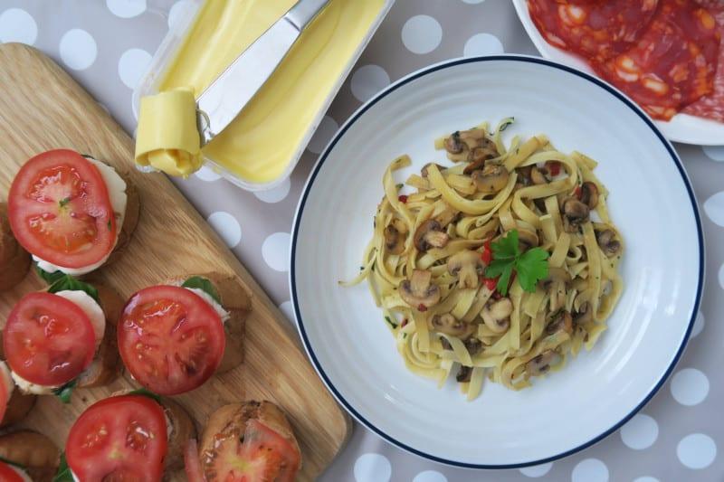 gluten-free-tagliatelle-garlic-mushrooms-7 gluten free italian