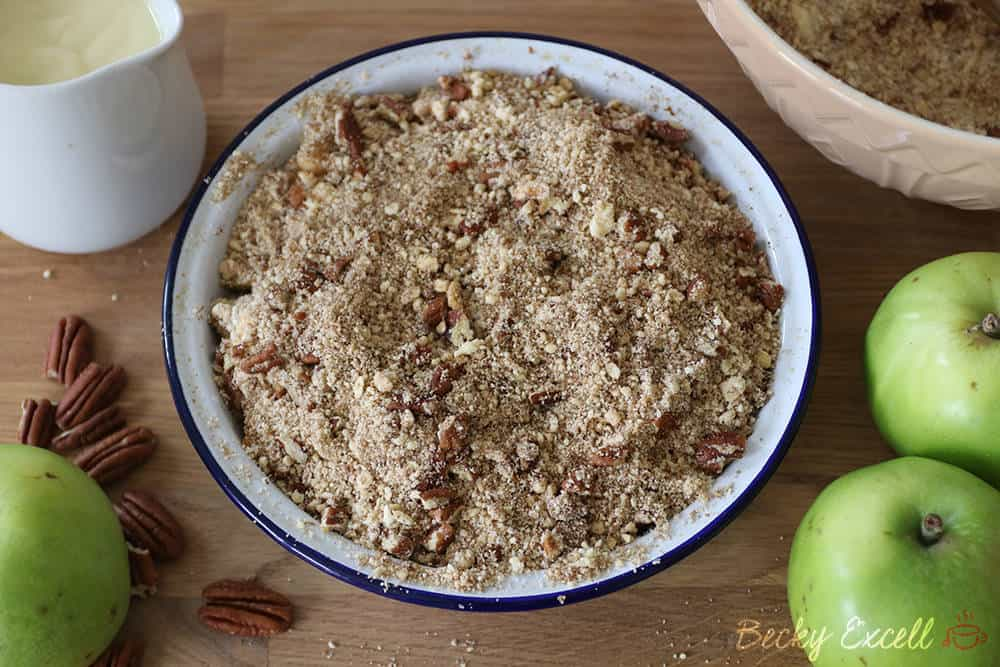 6-Ingredient Gluten Free Apple Crumble Recipe (vegan + dairy free)