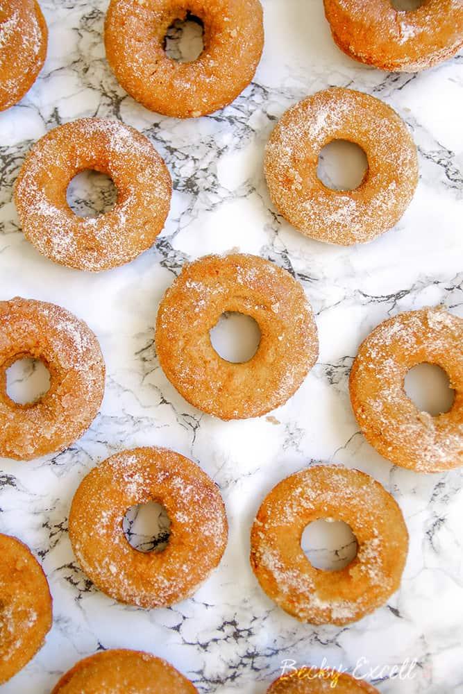 gluten free cinnamon sugar baked doughnuts donuts