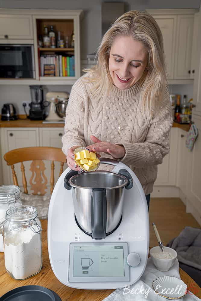 Creating cakes in the Thermomix TM6