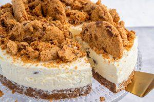Gluten Free Chocolate Chip Cookie Cheesecake Recipe (No-Bake)