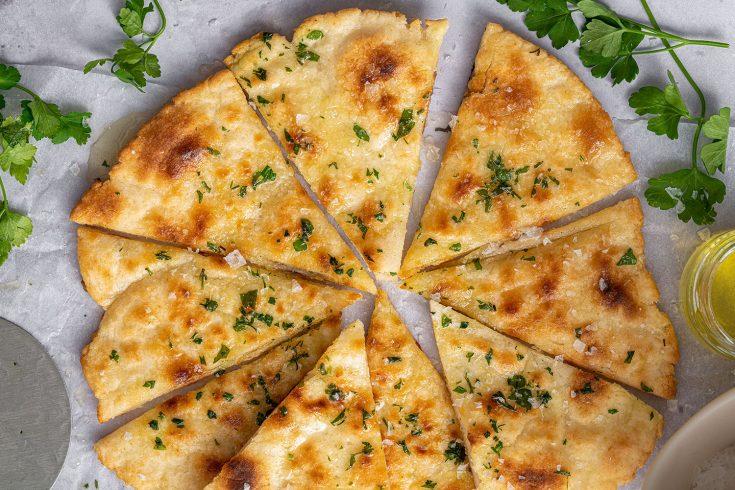 Gluten Free Garlic Bread Pizza Recipe (low FODMAP, vegan + dairy free option)
