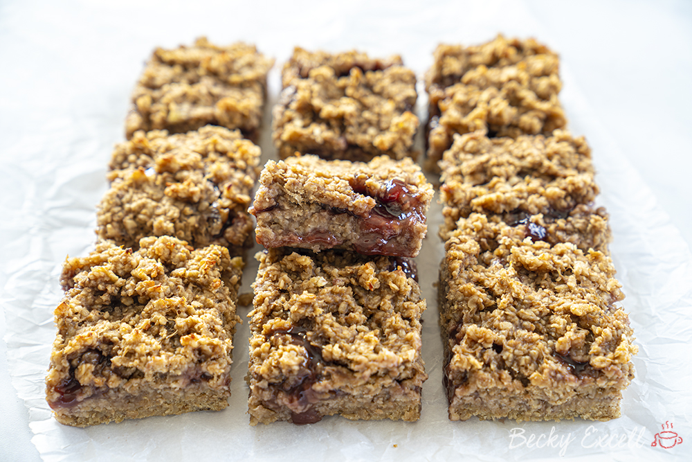 4-Ingredient Strawberry and Banana Bars Recipe (gf, vegan, dairy free)