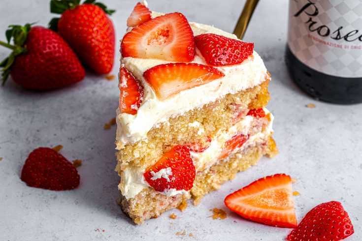 Gluten Free Prosecco and Strawberry Cake Recipe (low FODMAP, dairy free)