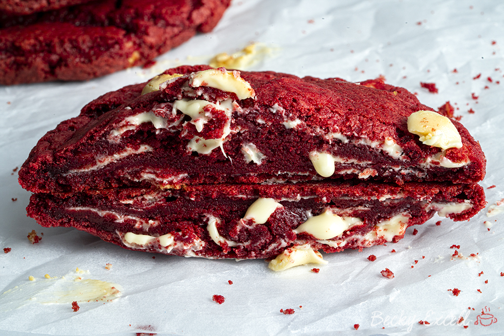 Gluten-free Red Velvet Cookies Recipe (low FODMAP/dairy-free/vegan option)