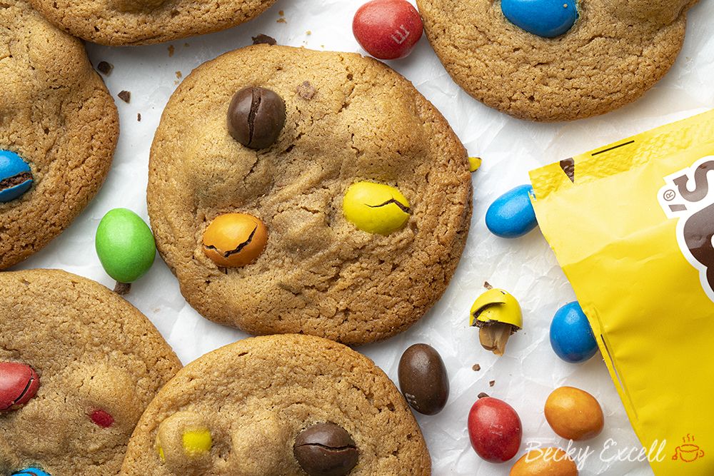 4-Ingredient Peanut M&M's Cookies Recipe - SUPER EASY METHOD! (gluten-free)