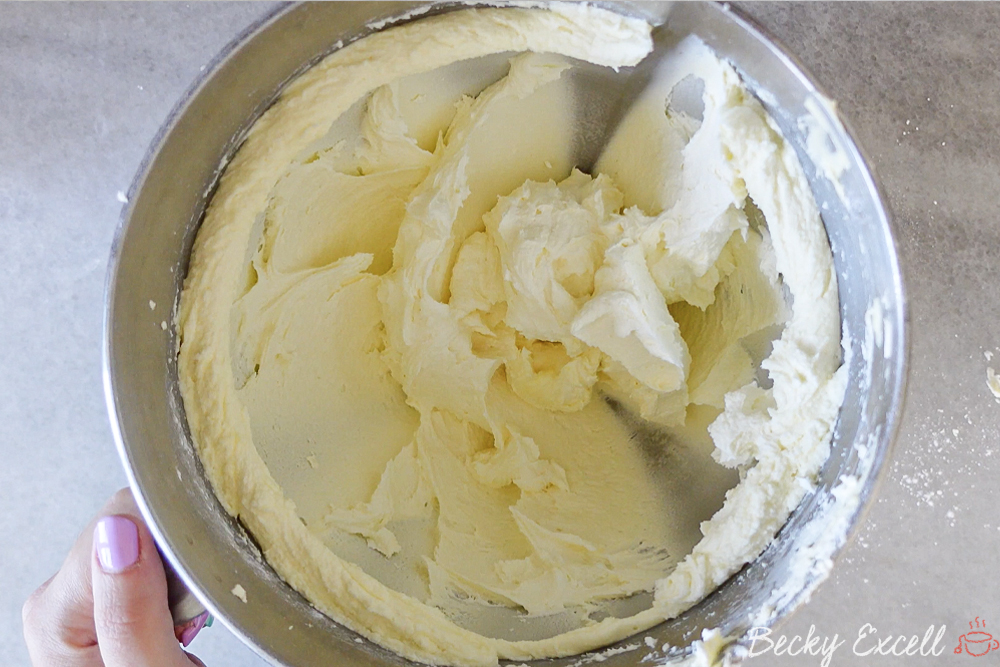 Gluten-free Victoria Sponge Cake Recipe: Here's what your finished buttercream should look like.