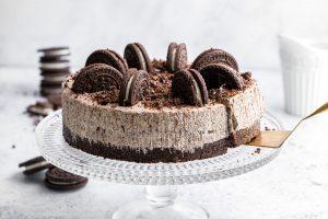 Dairy-free 'Oreo' No-bake Cheesecake Recipe – 5-ingredients (vegan)