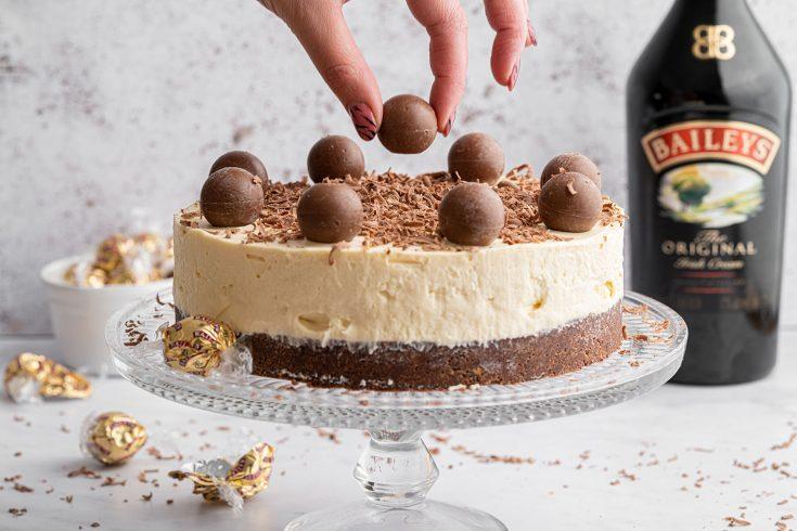Gluten-free Baileys Cheesecake Recipe (No-bake)